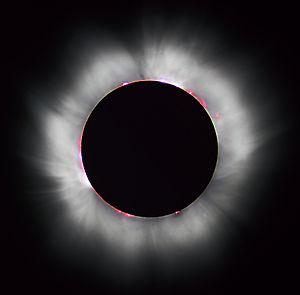 Le Soleil a rendez-vous avec la Lune…